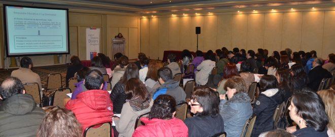 Exitosa participación de docentes y jefes(as) técnicos(as) de los colegios beneficiados con el Plan FEP Inglés 2016 en talleres realizados la pasada semana en Valdivia